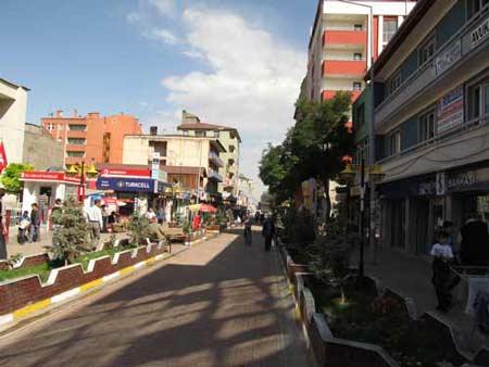 Торговая улица в Догубаязит. Большой отчет о большой экпедиции (Арарат-2012)