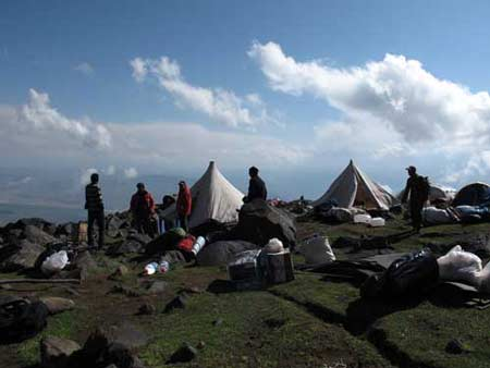 Первый (Зеленый) лагерь. Большой отчет о большой экпедиции (Арарат-2012)
