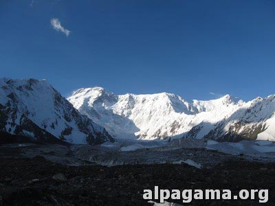 Пик Победы (7439 метров)