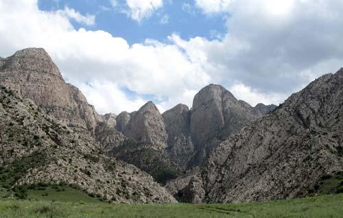 Северо-западный склон горы Душак-Эрикдаг