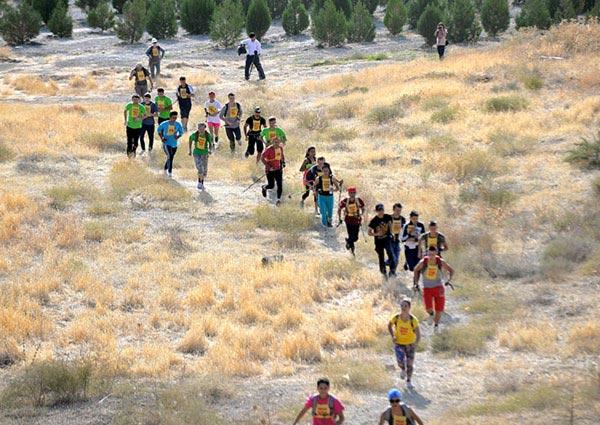 В Гекдере состоялся спортивный забег «вертикальный километр»