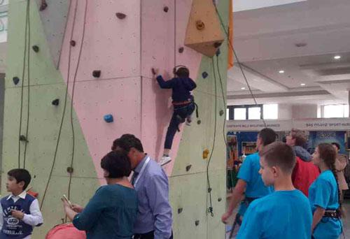 vystavka_sport_i_turizm2015-1