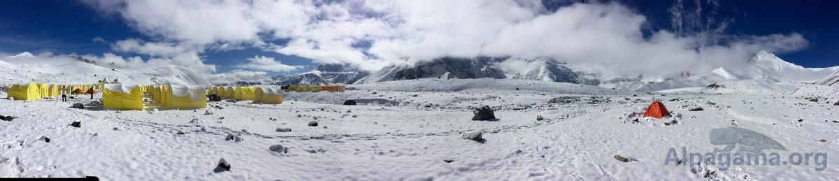 В Первом лагере после снегопада