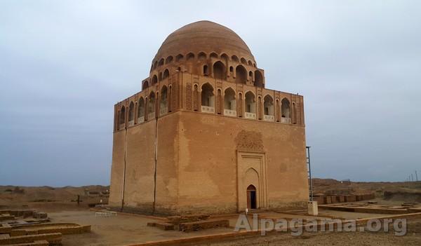 Мавзолей Султана Санджара. Древний Мерв