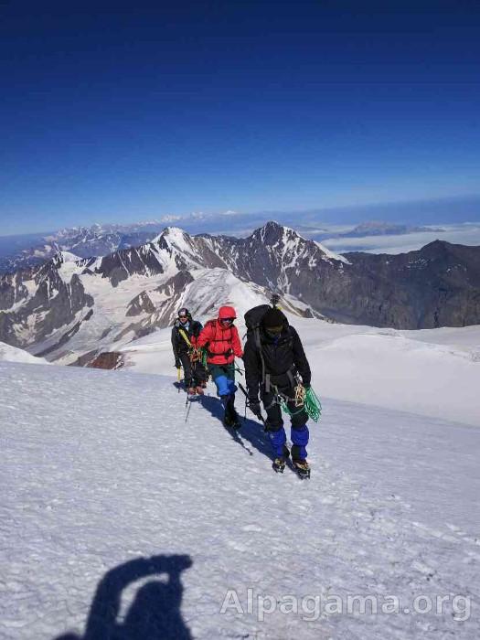 Казбек - путь к вершине