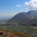 Озера в долине Ачик-Таш (фото: Евгений Ярыгин)