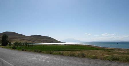 Первая встреча с озером Ван. Большой отчет о большой экпедиции (Арарат-2012)