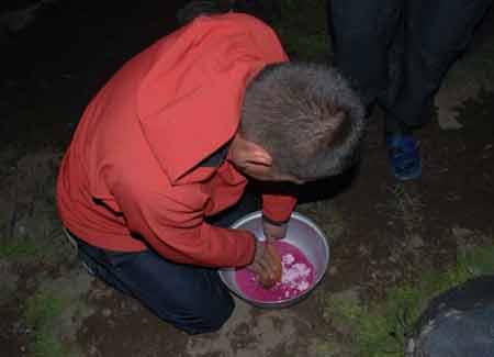 Карен за приготовлением киселя. Большой отчет о большой экпедиции (Арарат-2012)