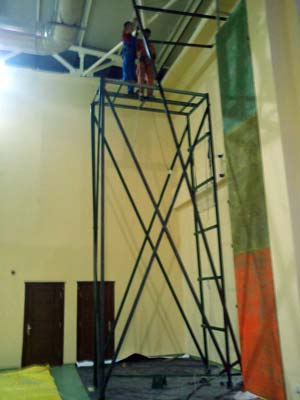 Заложена основа каркаса второй стены