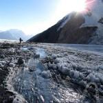 Ручей на леднике