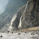 Знаменитый Лекзырский водопад, высота около 100 метров