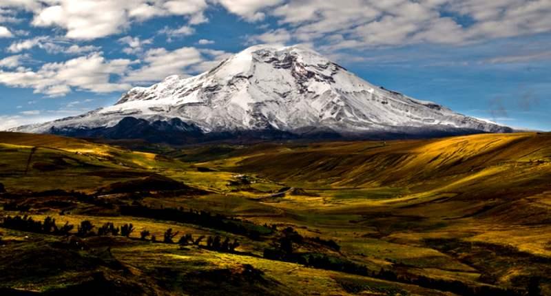 Вулкан Чимборасо в Южной Америке