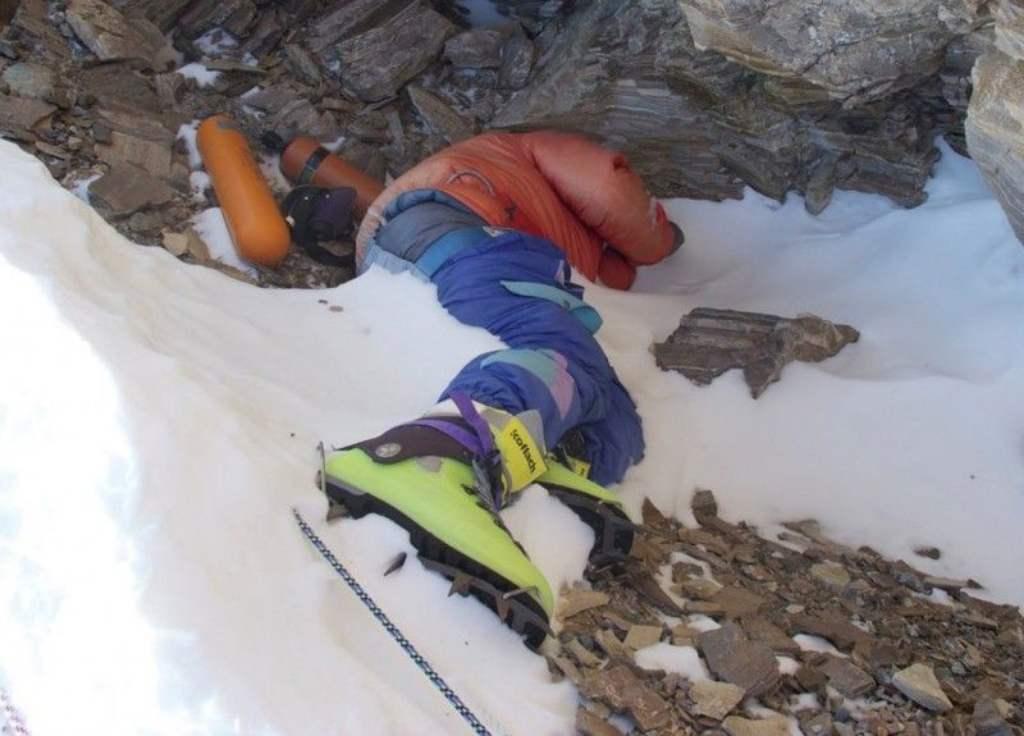 Зеленые ботинки на Эвересте