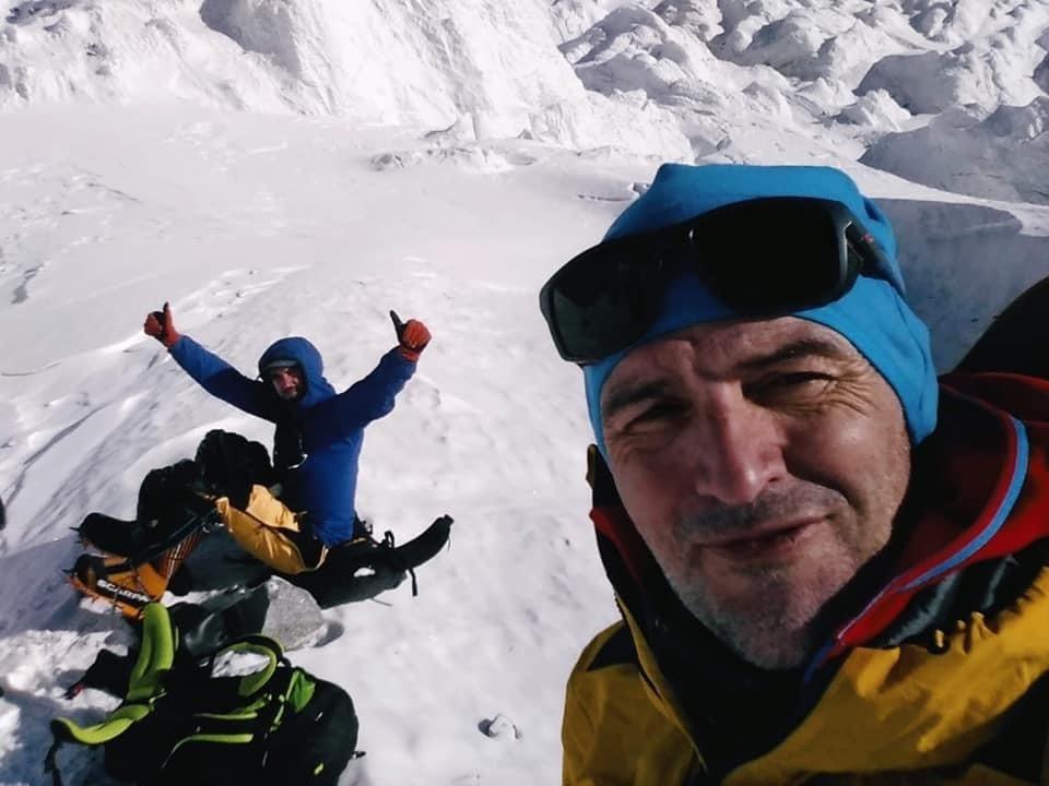 Сержи Минготе во время выхода вчера на ледник на ABC вместе с чилийцем Хуаном Пабло Мора