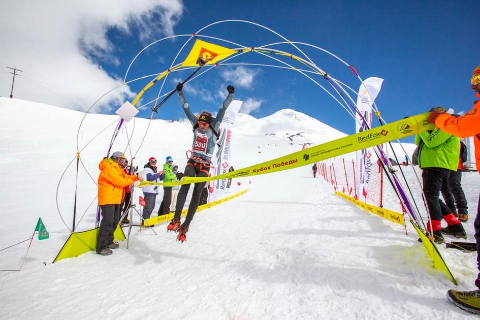 Евгений Марков стал победителем высотного марафона на Эльбрус (фото: Андрей Чепакин)