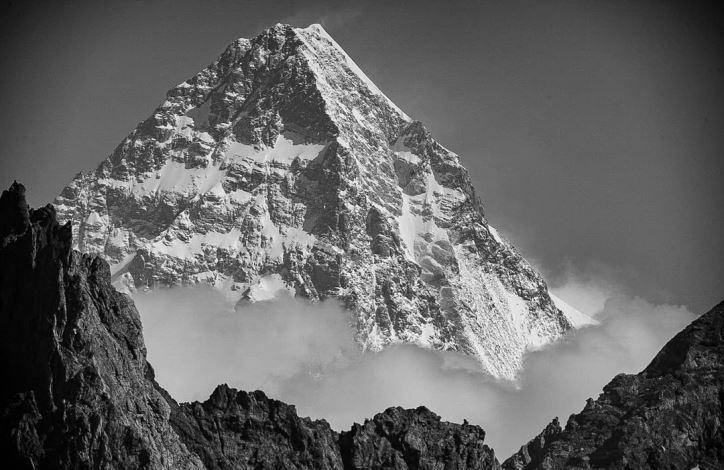 К2 (Чогори) высотой 8611 метров