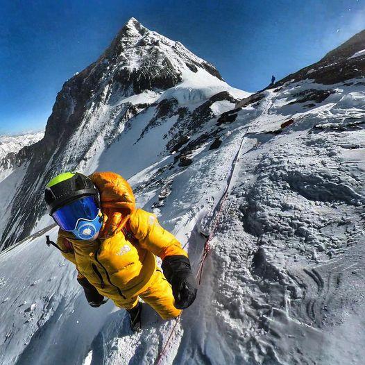 Траверс Эверест-Лходзе отменили на Южном седле