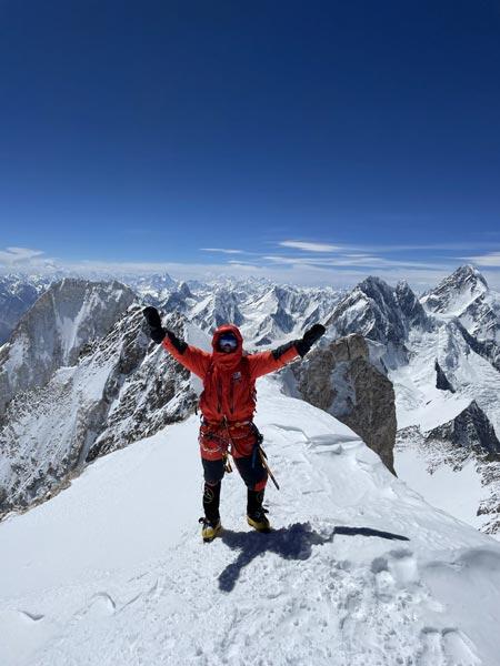 На вершине одинокого Гашербрума II (фото: Марек Дисман)