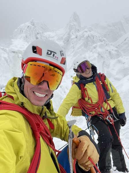 Марек Дисман и Каролина Грохова на леднике Гашербрум (фото: Марек Дисман)