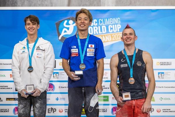 Лука Потокар из Словении, Масахиро Хигучи из Японии, Себастьян Халенке из Германии (фото: Jan Virt/IFSC)