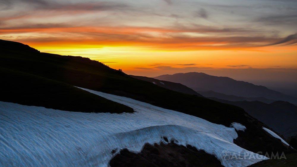Закат. Перевал Гуйи (Лилия Буриева)